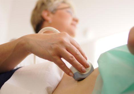 Głównym wskazaniem do wykonania usg Doppler tętnic nerkowych jest diagnostyka nadciśnienia tętniczego. W trakcie badania są oceniane tętnice oraz nerki. Badanie to jest zalecane w diagnostyce nadciśnienia u osób młodych oraz nadciśnienia niestabilnego.