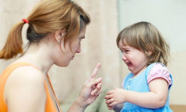 Θυμωμένο παιδί: Μην το μαλώσετε απλά δείξτε του τη θετική πλευρά του θυμού!