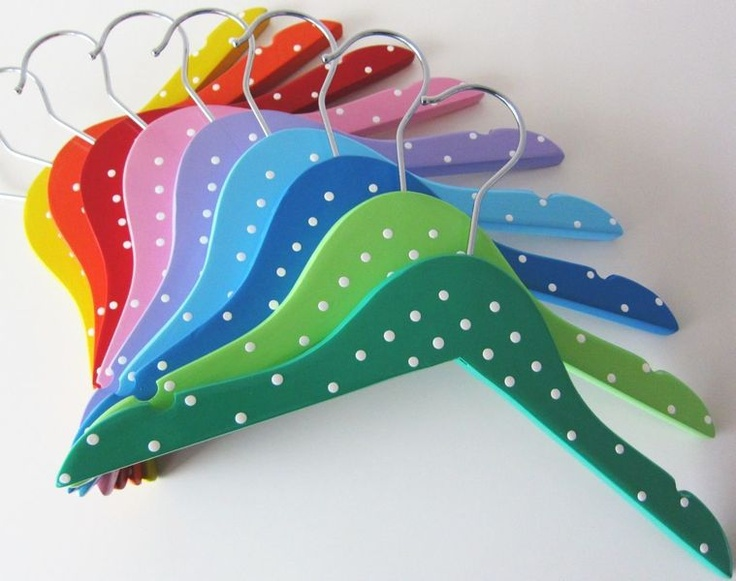 Perchas de colores