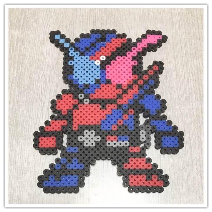 メルカリ - 仮面ライダー ビルド キーホルダー 【キャラクターグッズ】 (¥700) 中古や未使用のフリマ