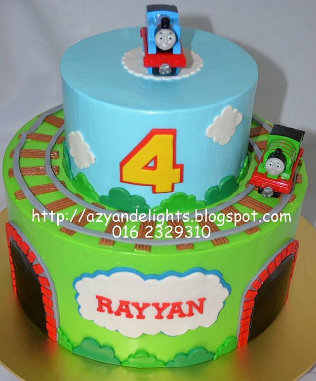 Thomas and Friends Cake #thomasandfriendscake #thomasandfriends #azyandelights #buttercream #customcakes #sayajualkek #kl #bangi #selangor #bazaarpaknilcake
