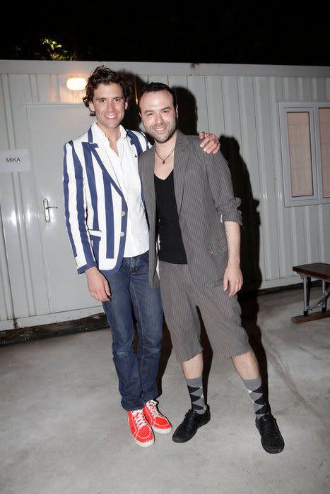 Mika and .... ? - Istanbul, Turkey 2010