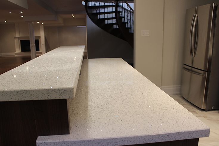 pictures of level one quartz countertops | Two Level Kitchen Bar With White Double Edge Quartz Countertop