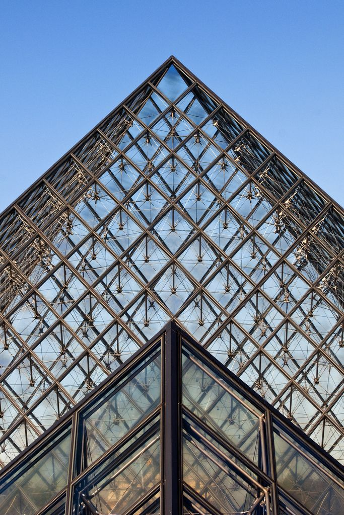 1000 ideas about louvre pyramid on pinterest france - Louvre architekt ...
