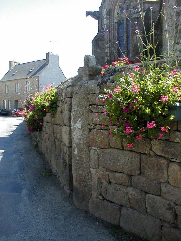 24 best PLOULEC\u0027H images on Pinterest Bretagne, City and Temples - terre contre mur maison