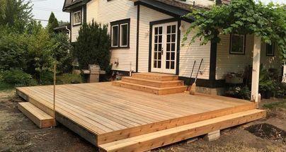Cedar Deck Remodel With New Planter Box Benches Installing New Decking Deckplans Deck Remodel Cedar Deck Diy Deck