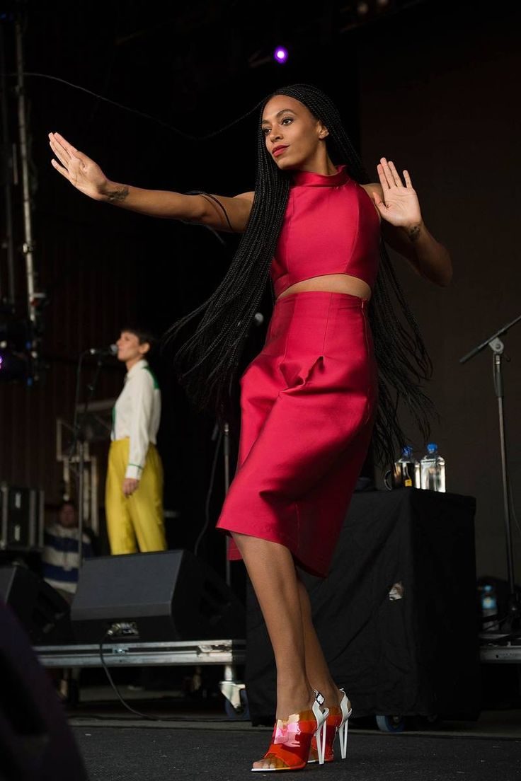 Solange Knowles Performing at the Falls Festival in Lome, Australia