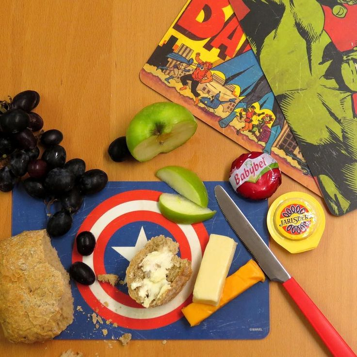 Goodmorning! Have you ever seen our breakfast/cutting boards? Available in the Star Wars Marvel Star Trek and DC licenses. Get yours at www.dirtees.eu #goodmorning #cuttıngboard #breakfastboard #kitchen #design #marvel #dc #starwars #comics #collector #hulk #batman #captainamerica