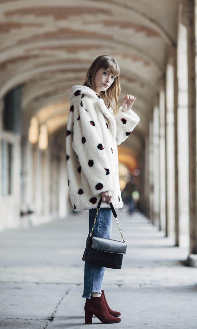 Blog mode Paris, looks, street style nouvelles tendances et bons plans shopping. Parisian Fashion Blog.
