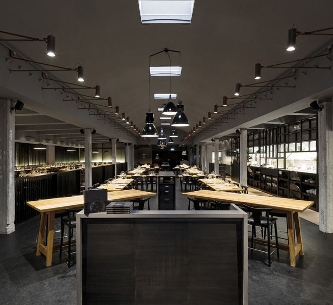 Farang Restaurant in Stockholm by Futudesign