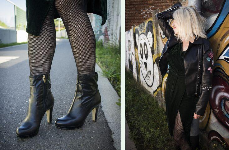 Sexy enkellaarsjes van Noë en stoere combi van een donkergroen fluwelen kleedje van Paisie en een kunstleren geborduurd jasje van Glamorous @HIPPO! Royale