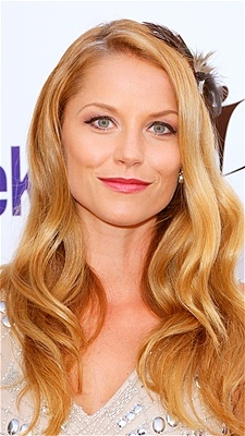Actress Ellen Hollman attends the Britweek celebration of Downton Abbey wearing sexy, loose waves.
