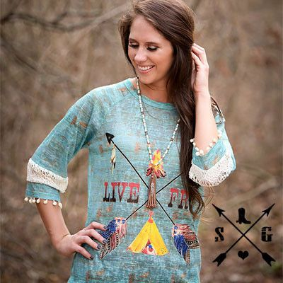 Adults Live Free Crossing Arrows on Patina 3/4 Sleeve Shirt