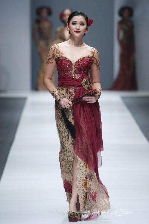 Anne Avantie 'Gambang Semarang' Jakarta Fashion Week 2016 at Senayan City. Jakarta.