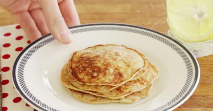 Maak pannenkoeken met maar 2 ingrediënten