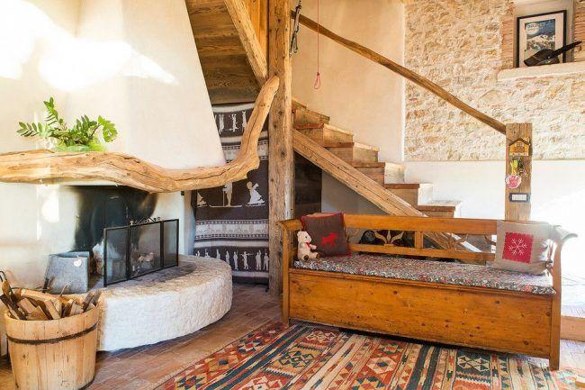 «Камень в оформлении интерьера частного дома в средиземноморском стиле»  Прим.: Нравятся цвета: теплые, натуральные и зеленые цветок оживляет картину. Все решения очень простые.