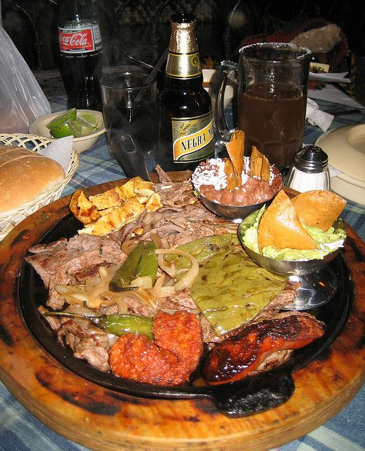 parillada bbq Mexico....good God this looks good...maybe I can recreate it....