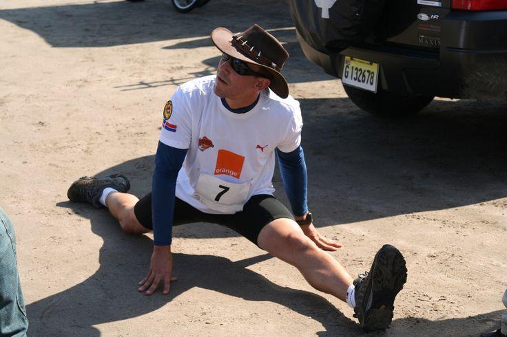 Estirando @ Master del Desierto 2008. Playa Salinas in Bani, Provincia Peravia