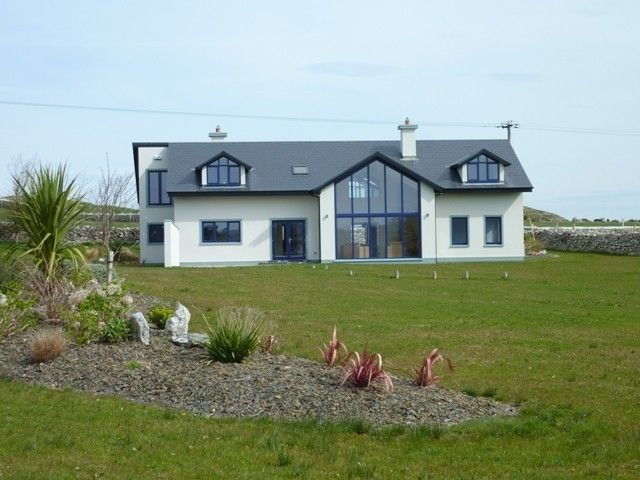 Spacious modern home, on 1 acre, overlooking... - HomeAway County Kerry
