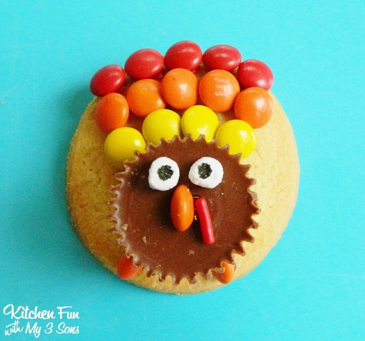 I am the room mom this year for my older sons 4th grade class & totally forgot that I needed to make the kids some treats for Thanksgiving until later this afternoon. I needed something quick & easy! We are always loaded up on Keebler & Hershey products so we created these fun Reese's Turkey...Read More »