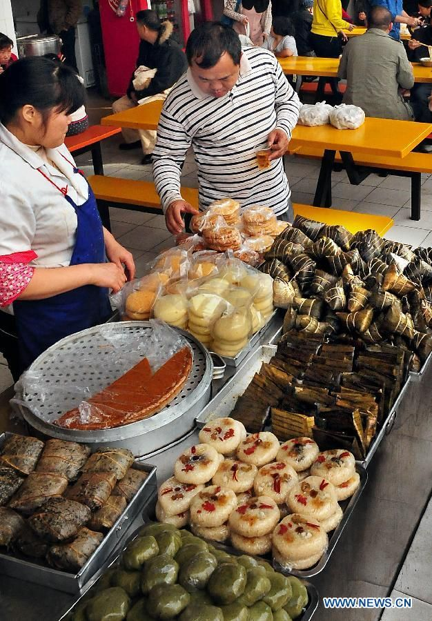 Best 7 authentic chinese foods discover china ideas on pinterest photo shows traditional snacks at a restaurant in nanning guangxi zhuang autonomous region forumfinder Image collections