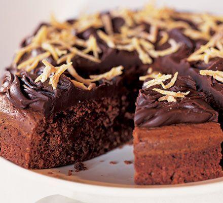 Κέϊκ+σοκολάτας,+πορτοκαλιού,+γαρνιρισμένο+με+σοκολατένιο+γκανάς
