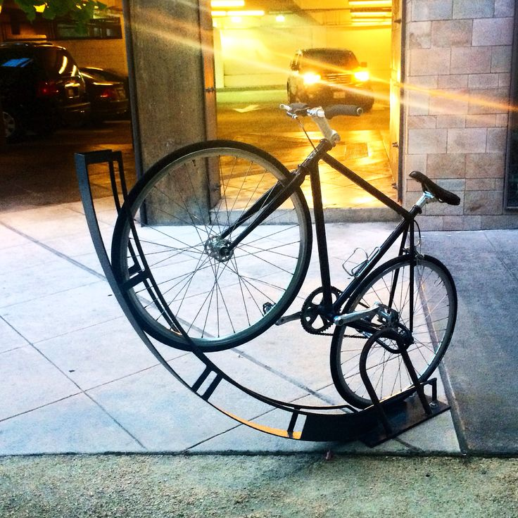 best 25 vertical bike rack ideas on pinterest bike. Black Bedroom Furniture Sets. Home Design Ideas