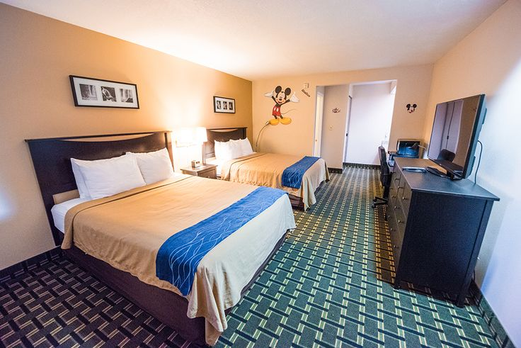 Pros & Cons of Hotels Near Disneyland (+Rankings!)