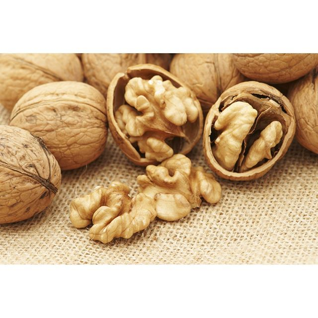 #DidYouKnow  #SuperFoodSeries * * Walnuts Just 14 walnut halves provides more than twice your daily dose of alpha-linolenic acid, omega 3 fat that has been shown to improve memory and coordination * * #Food #Superfood #Foodie #Fit #Fitfam #Nutrition #Heal