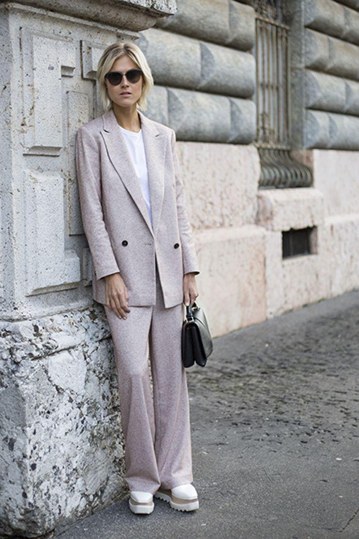 Gatemote fra Milano | Costume.no