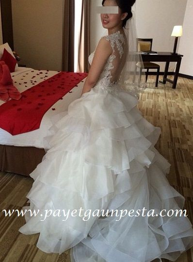 Wedding dress backless tulle with organza layers by payet gaun pesta