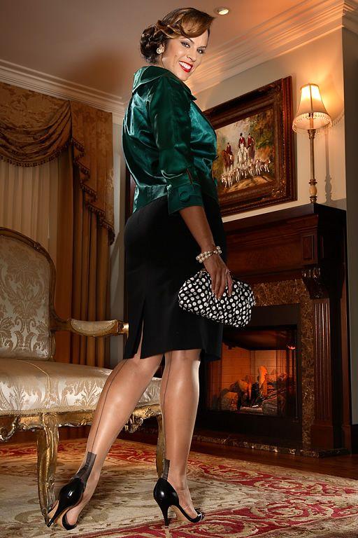 Glamour European Heel Beige | I Love Secrets in Lace i ...