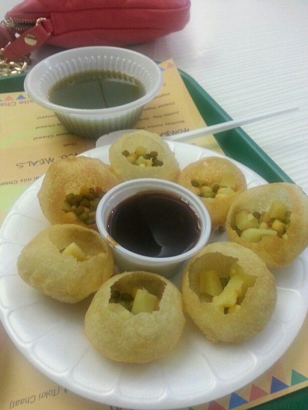 Pani Puri/Gol Gappa→ Indian Snack