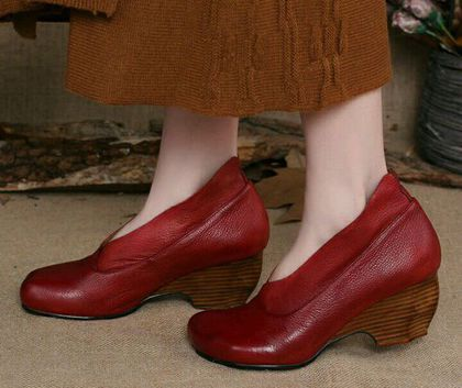 Купить или заказать Туфли 5 в интернет-магазине на Ярмарке Мастеров. Удобные кожаные туфли на невысоком каблуке.