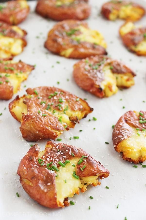 Crispy Salt and Vinegar Smashed Potatoes #snack #appetizer #potato