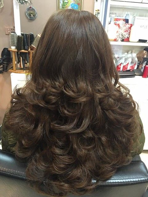 Layers And Curls In 2020 Long Hair Styles Long Layered Hair Layered Hair