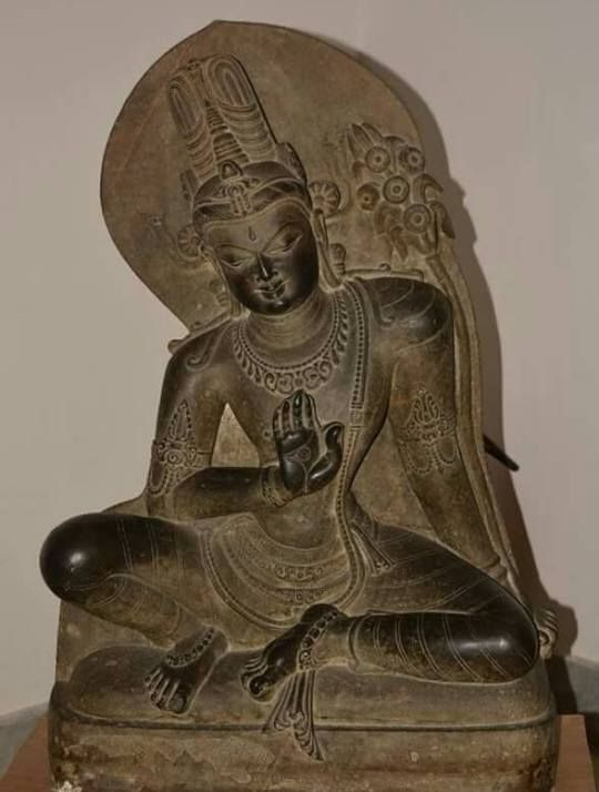 """Avalokiteśvara (Sanskrit: अवलोकितेश्वर, """"Lord who contemplates"""", Khmer: លោកេស្វរៈ, Tibetan: སྤྱན་རས་གཟིགས་, Wylie: spyan ras gzigs, THL: Chenrézik) is a bodhisattva who embodies the compassion of all Buddhas. This bodhisattva is variably depicted and described and is portrayed in different cultures as either female or male.[1] In Chinese Buddhism, Avalokiteśvara has become the somewhat different female figure Guanyin. In Cambodia, he appears as Lokeśvara."""