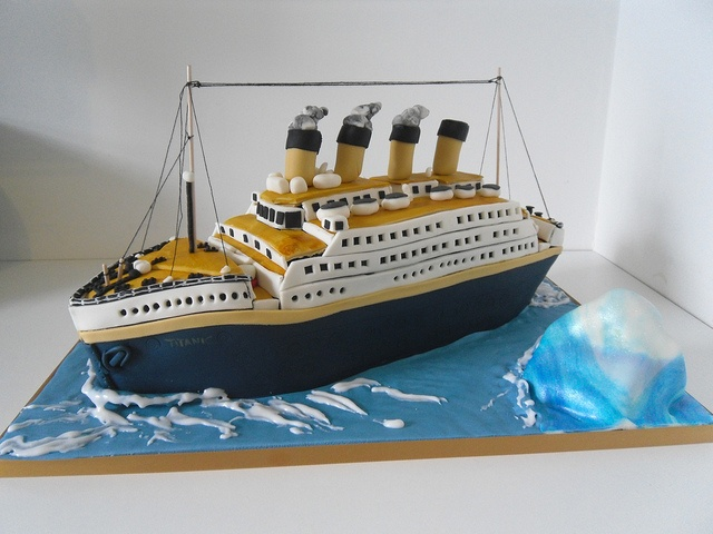 Titanic cake by auroracakes (Dawn), via Flickr