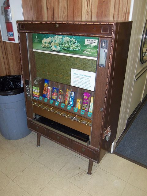 17 Best Images About Vintage Vending Machines On Pinterest