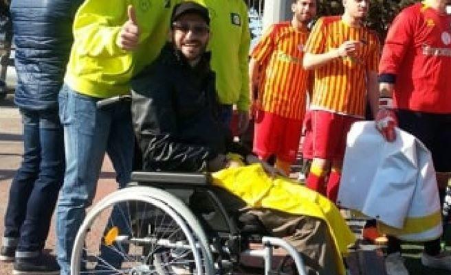 Raccolta fondi per Paolo Arnesano il 28 maggio 2016 per sostenere Paolo, malato di SLA, derubato dei soldi raccolti per un intervento.