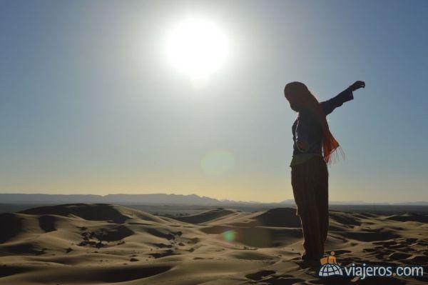 Merzouga, Marruecos, foto de uno de los diarios ganadores del concurso de abril. Foto de la viajera laurascioli. Mira más diarios ganadores en www.viajeros.com