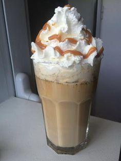 Café latte frappé