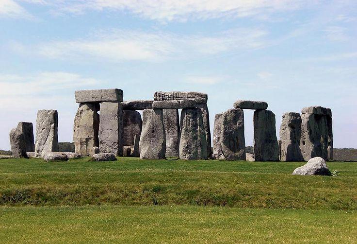 kromlechy- stonehenge