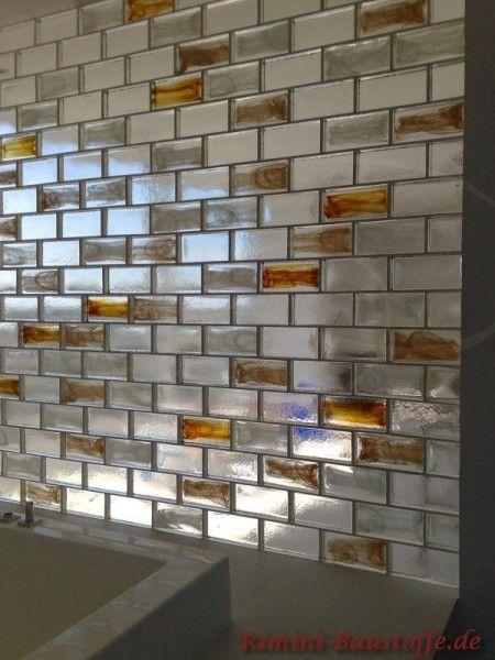 Wand und Fassade #Glasbausteine Pietre di Vetro in den #Farben Neutral und Cloud Ambra