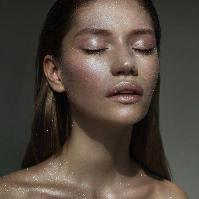Obsessed with shiny skin ✨✨✨!!! My work for #TurnYourSkinOn #patmcgrathlabs003 #patmcgrath @patmcgrathreal  many thanks #photo #video @alexaleroy  #model @lovemigu  #mywork #mymakeup #mua #make #makeup #makeupartist #nikakislyak #cosmetics #hilights #shining #skin #хайлайтер #косметика #никакисляк #визажист #макияж #SKINFETISH003