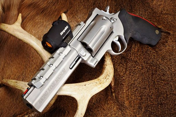 Taurus Raging Judge Magnum - Choose between .410, .45 Colt, and .454 Casull—or carry all three in the revolver's six-shot cylinder.