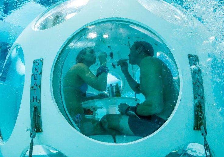 Unterwasser-Restaurant: Das Date mit dem Blubb - SPIEGEL ONLINE - Reise