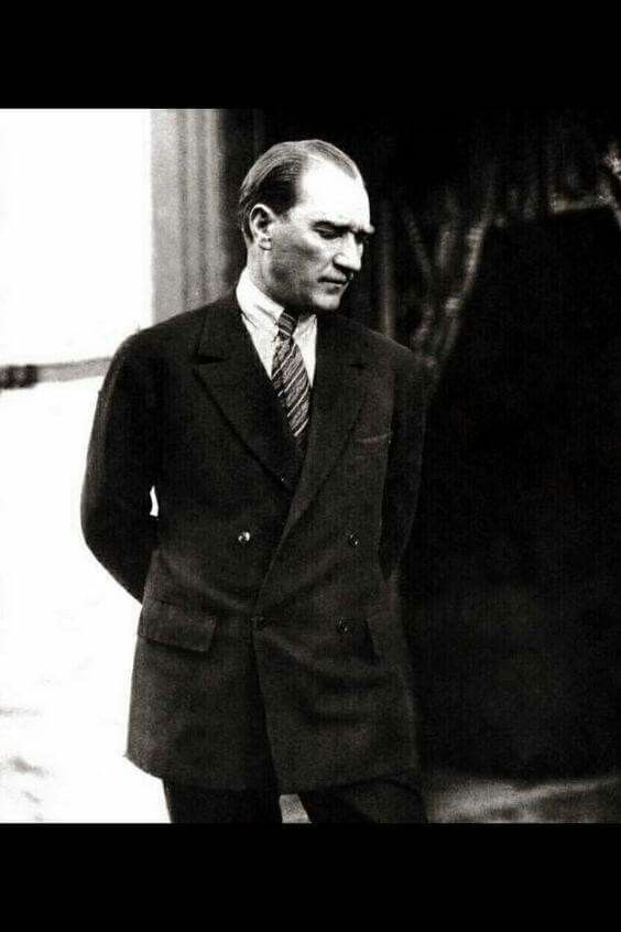 Mustafa Kemal Atatürk_