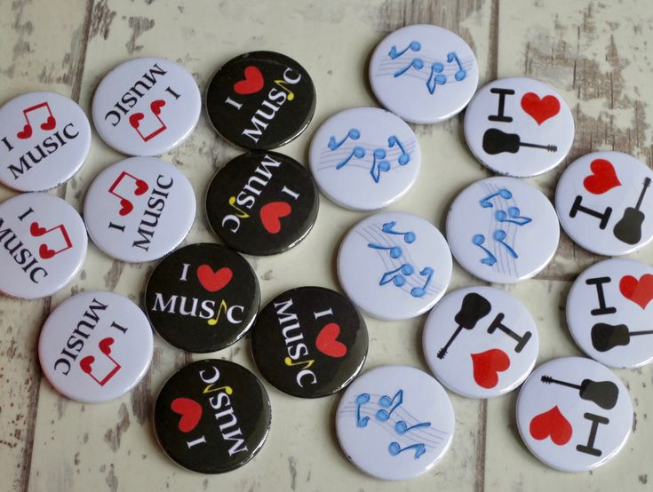 Making a batch of music themed badges for a youth club in Cumbria www.koolbadges… – I Love Badges