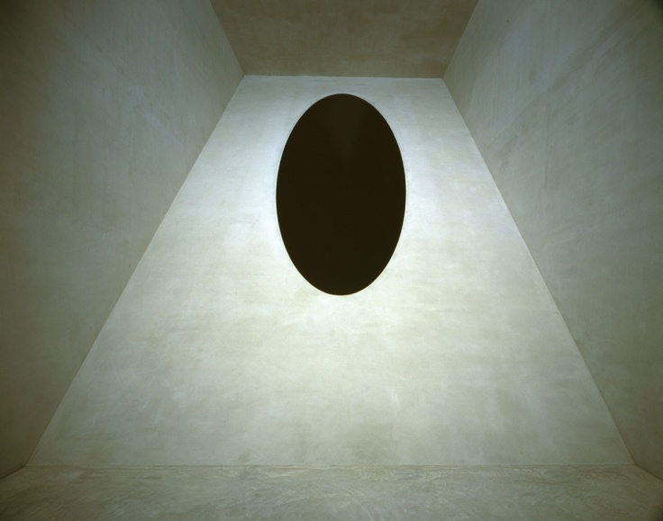 Anish Kapoor. #black #grey #gray #sculpture #sculptor #sculptors #contemporary #art #artist #shapes #geometry #geometric #oval #egg